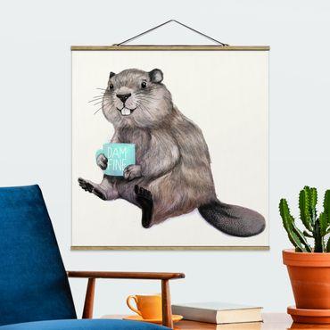 Stoffbild mit Posterleisten - Laura Graves - Illustration Biber mit Kaffeetasse - Quadrat 1:1