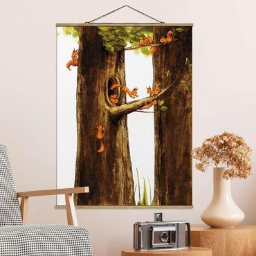 Stoffbild mit Posterleisten - Zuhause der Einhörnchen - Hochformat 3:4