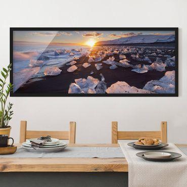 Bild mit Rahmen - Eisbrocken am Strand Island - Panorama Querformat