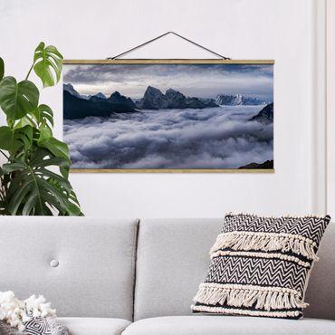 Stoffbild mit Posterleisten - Wolkenmeer im Himalaya - Querformat 1:2