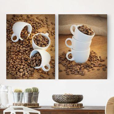 Leinwandbild 2-teilig - 3 Espressotassen mit Kaffeebohnen - Hoch 3:4