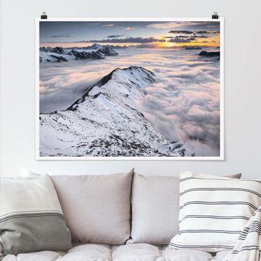 Poster - Blick über Wolken und Berge - Querformat 3:4