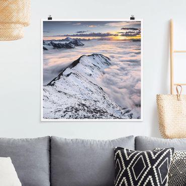 Poster - Blick über Wolken und Berge - Quadrat 1:1