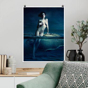 Poster - Frauenakt mit Fisch - Hochformat 3:4