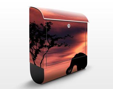 Briefkasten mit Zeitungsfach - African Elephant Family - Hausbriefkasten Rot