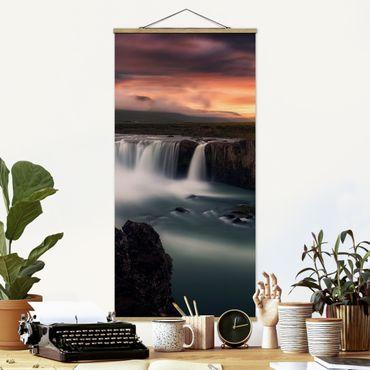 Stoffbild mit Posterleisten - Goðafoss Wasserfall in Island - Hochformat 2:1