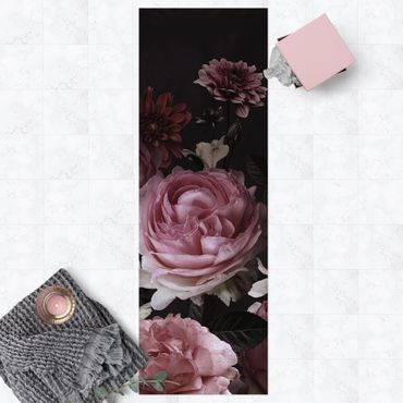 Vinyl-Teppich - Rosa Blumen auf Schwarz Vintage - Panorama Hoch 1:3