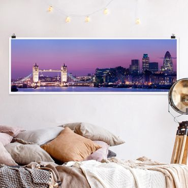 Poster - Tower Bridge in London at Night - Panorama Querformat