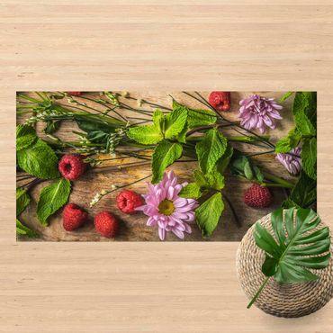 Vinyl-Teppich - Blumen Himbeeren Minze - Querformat 2:1
