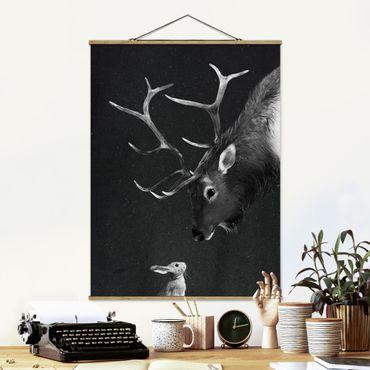 Stoffbild mit Posterleisten - Laura Graves - Illustration Hirsch und Hase Schwarz Weiß Malerei - Hochformat 3:4