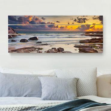 Holzbild - Strand Sonnenaufgang in Thailand - Querformat 2:5