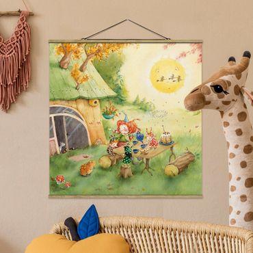 Stoffbild mit Posterleisten - Frida frühstückt - Quadrat 1:1