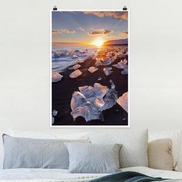 Poster - Eisbrocken am Strand Island - Hochformat 3:2