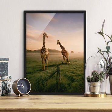 Bild mit Rahmen - Surreal Giraffes - Hochformat 3:4