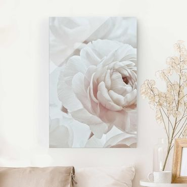 Glasbild - Weiße Blüte im Blütenmeer - Hochformat