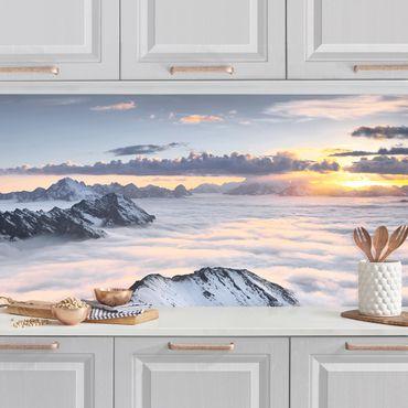 Küchenrückwand - Blick über Wolken und Berge