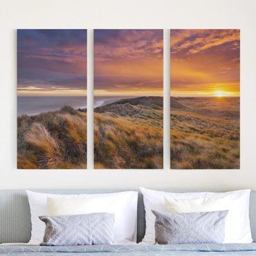 Leinwandbild 3-teilig - Sonnenaufgang am Strand auf Sylt - Hoch 1:2