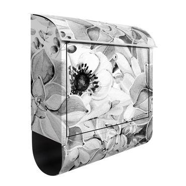 Briefkasten - Aquarell Sukkulente mit Blüte in Schwarz Weiß