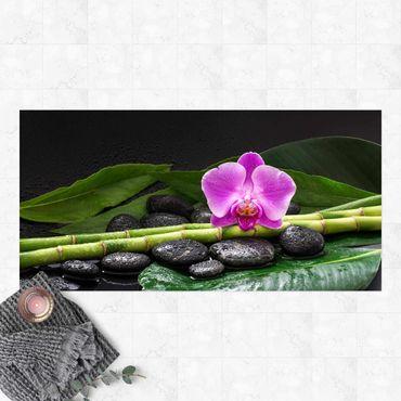 Vinyl-Teppich - Grüner Bambus mit Orchideenblüte - Querformat 2:1