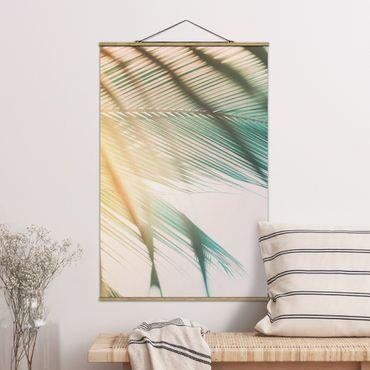 Stoffbild mit Posterleisten - Tropische Pflanzen Palmen bei Sonnenuntergang II - Hochformat 3:2