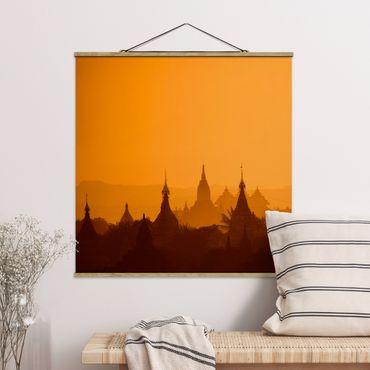 Stoffbild mit Posterleisten - Tempelstadt in Myanmar - Quadrat 1:1