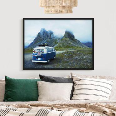 Bild mit Rahmen - Campingbus in Island - Querformat