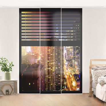 Schiebegardinen Set - Fensterblick Jalousie - Manhattan bei Nacht - Flächenvorhänge