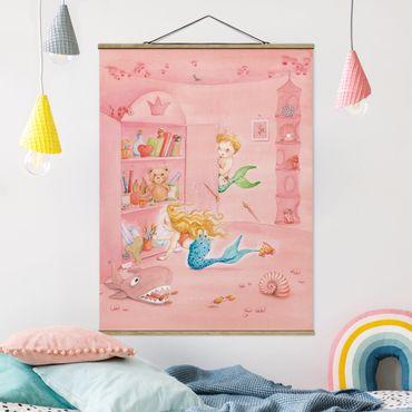 Stoffbild mit Posterleisten - Matilda hat einen Plan - Hochformat 4:3