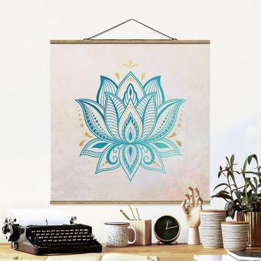 Stoffbild mit Posterleisten - Lotus Illustration Mandala gold blau - Quadrat 1:1