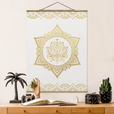 Stoffbild mit Posterleisten - Mandala Lotus Illustration Ornament weiß gold - Hochformat 3:4