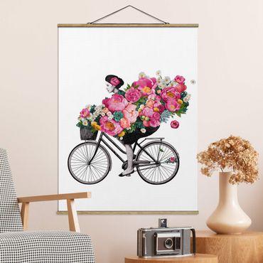 Stoffbild mit Posterleisten - Laura Graves - Illustration Frau auf Fahrrad Collage bunte Blumen - Hochformat 3:4