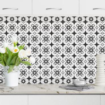 Küchenrückwand - Geometrischer Fliesenmix Blume Schwarz
