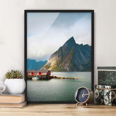 Bild mit Rahmen - Fischerhaus in Schweden - Hochformat