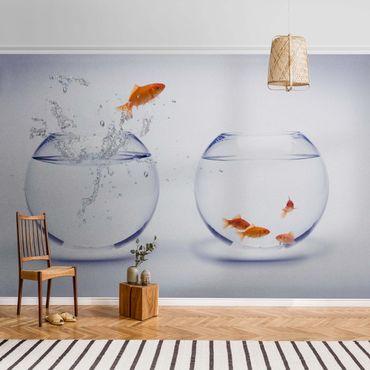 Metallic Tapete  - Flying Goldfish