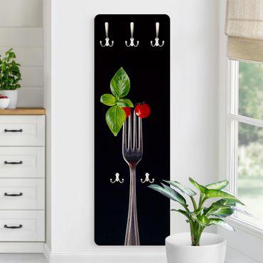 Garderobe - Cocktailtomaten auf Gabel