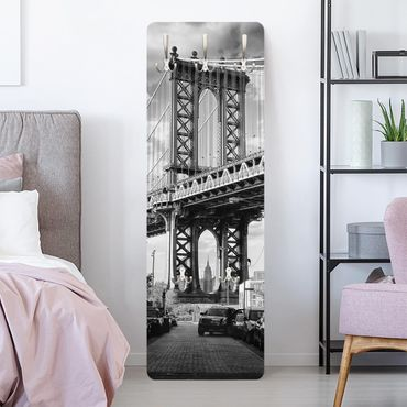 Garderobe - Manhattan Bridge in America