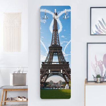 Garderobe - Paris City of Love