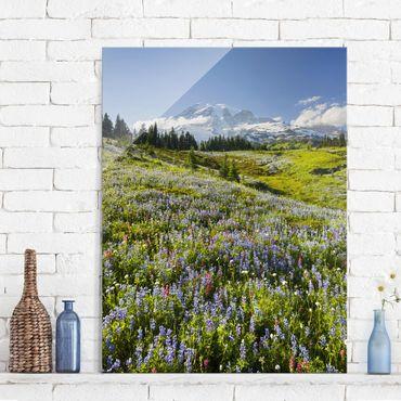 Glasbild - Bergwiese mit Blumen vor Mt. Rainier - Hoch 3:4