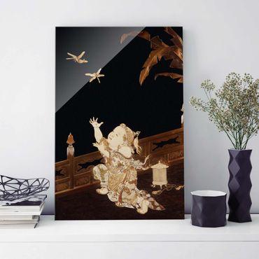 Glasbild - Kunstdruck Junge, der auf einer Veranda zwei Libellen hinterherjagt - Hoch 2:3