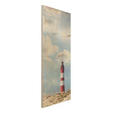 Wandbild Holz - Leuchtturm in den Dünen - Panorama Hoch