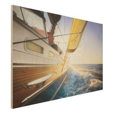 Holzbild - Segelboot auf blauem Meer bei Sonnenschein - Quer 3:2
