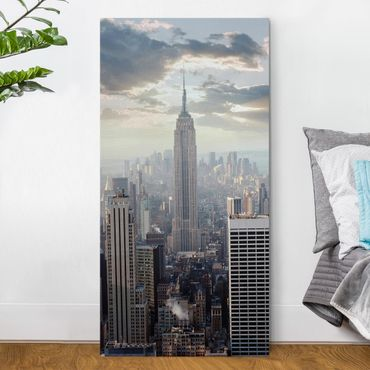 Leinwandbild - Sonnenaufgang in New York - Hoch 1:2