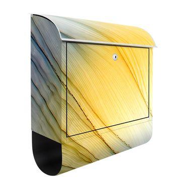 Briefkasten - Melierter Farbtanz in Honig