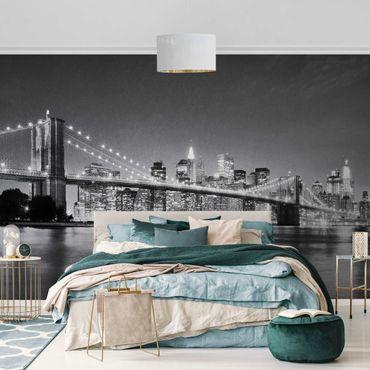 Metallic Tapete  - Nighttime Manhattan Bridge II