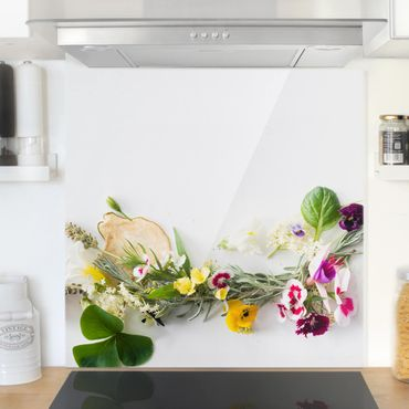 Spritzschutz Glas - Frische Kräuter mit Essblüten - Quadrat 1:1