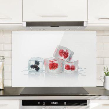 Spritzschutz Glas - Früchte im Eiswürfel - Quer 3:2