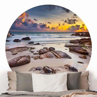 Runde Tapete selbstklebend - Strand Sonnenaufgang in Thailand