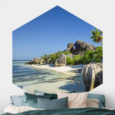 Hexagon Mustertapete selbstklebend - Traumstrand Seychellen