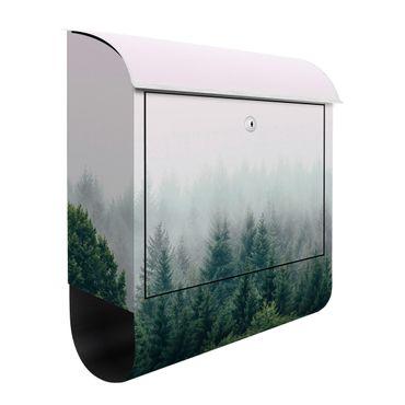 Briefkasten - Wald im Nebel Dämmerung