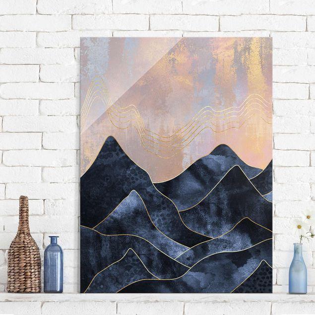 Glasbild - Goldene Dämmerung über Gebirge - Hochformat 4:3